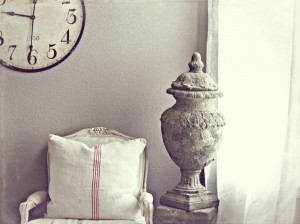 Five Tips for Using Antiques in Your Interior Design